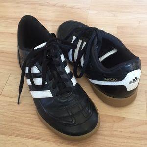 Adidas boys Davicto shoes